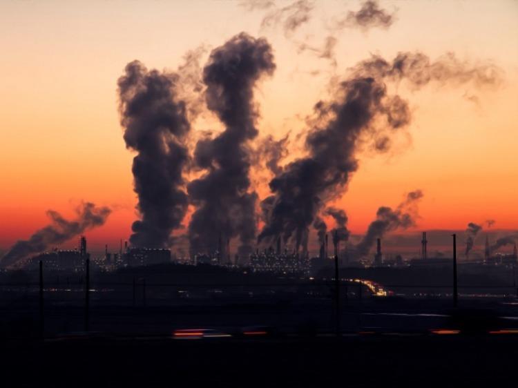 La lotta al Covid passa per la diminuzione dell'inquinamento atmosferico